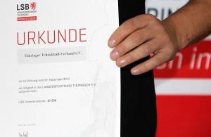 Schwarz auf Weiß: Der TTBV ist nun Mitglied des LSB Thüringen.